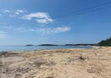 용유도 해변가 무허가건물 철거 둘러싸고 논란